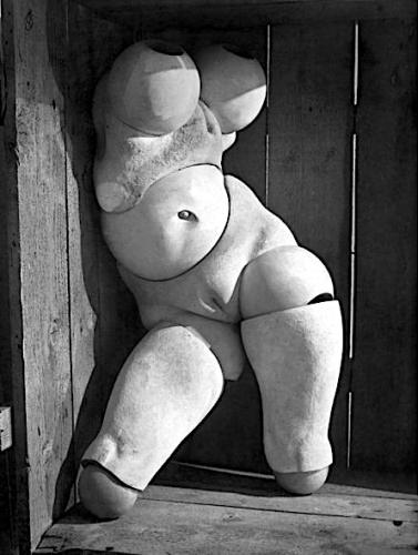 %22La poupée%22, photographie de Hans Bellmer, 1935.png